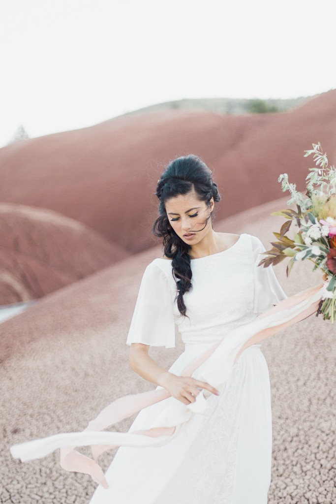 eastern-oregon-painted-hills-elopement-94